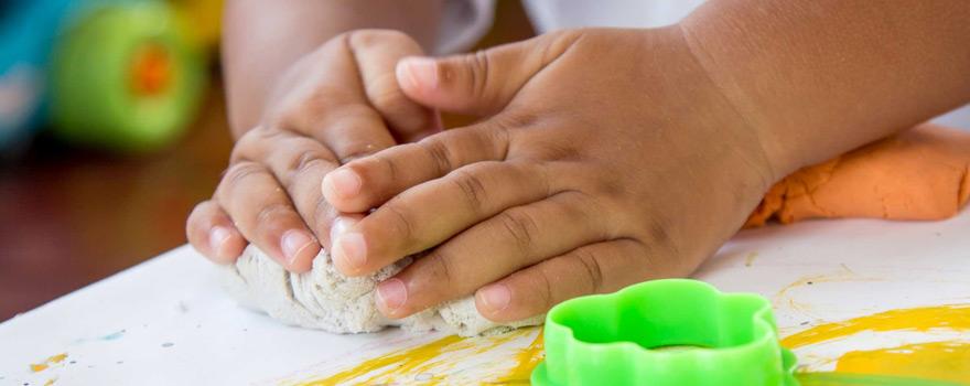 Çocuğumun el becerilerini nasıl geliştirebilirim